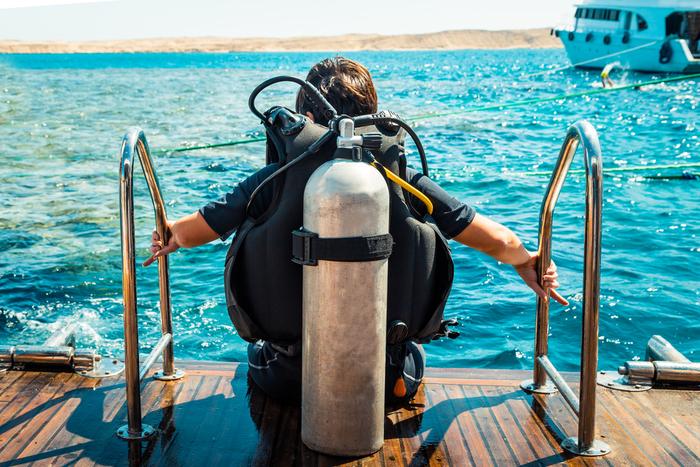 【セブ島】日本人がまだ知らない穴場スポット「スミロン島」!ウミガメや熱帯魚が住む楽園の魅力を徹底解剖します!