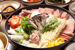 【難波】おすすめの鍋が食べられる名店10選|個室や高級感漂う人気店をご紹介