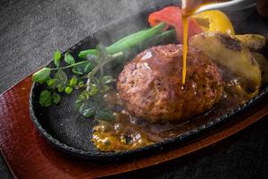 おすすめのハンバーグが食べられるお店|東京・神奈川・大阪などの人気店を紹介