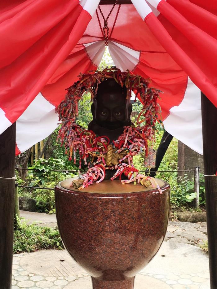 赤い糸はここから始まる!縁結び効果バツグン!おすすめの神社&お寺6選