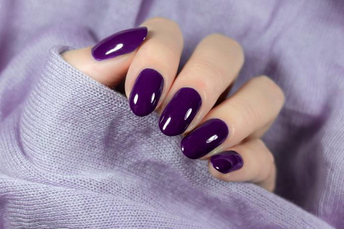 紫ネイルのおすすめランキング15選♡ひと塗りで高級感ある指先に