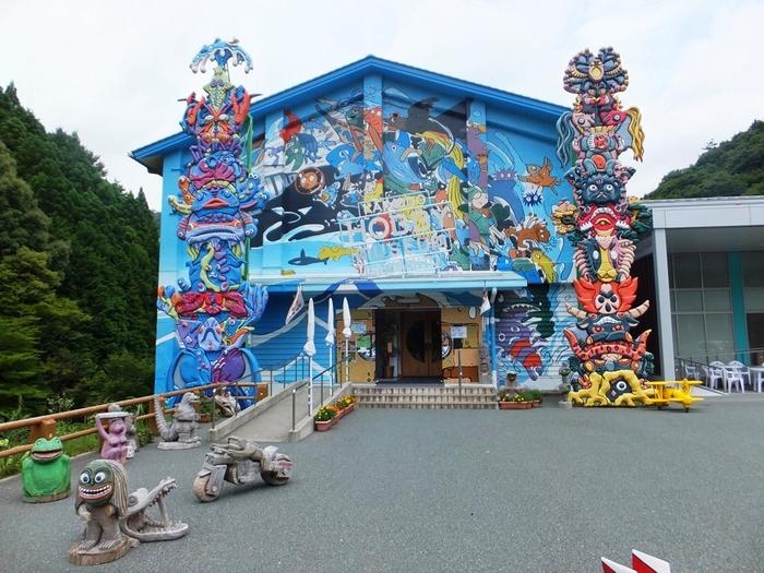 タツノコプロ人気キャラクターが四国に大集結!アート作品になったキャラクターを巡る旅