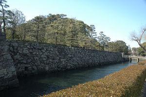 徳島城をめぐる旅♥旅好き女子必見の阿波青石で作られた石垣