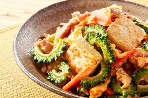 【沖縄】宜野湾で沖縄料理やグルクンなどの珍しい魚を味わえるおすすめ居酒屋13選