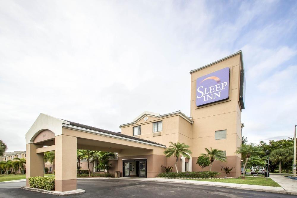 マイアミ国際空港 ホテル