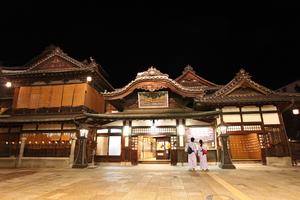 【聖地巡礼】千と千尋の神隠しの舞台になった温泉や観光地を徹底調査!