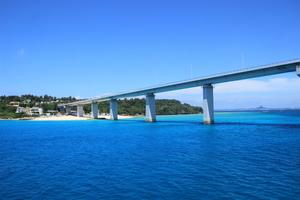 【沖縄】瀬底島(せそこじま)のおすすめスポットと人気のアクティビティを紹介!