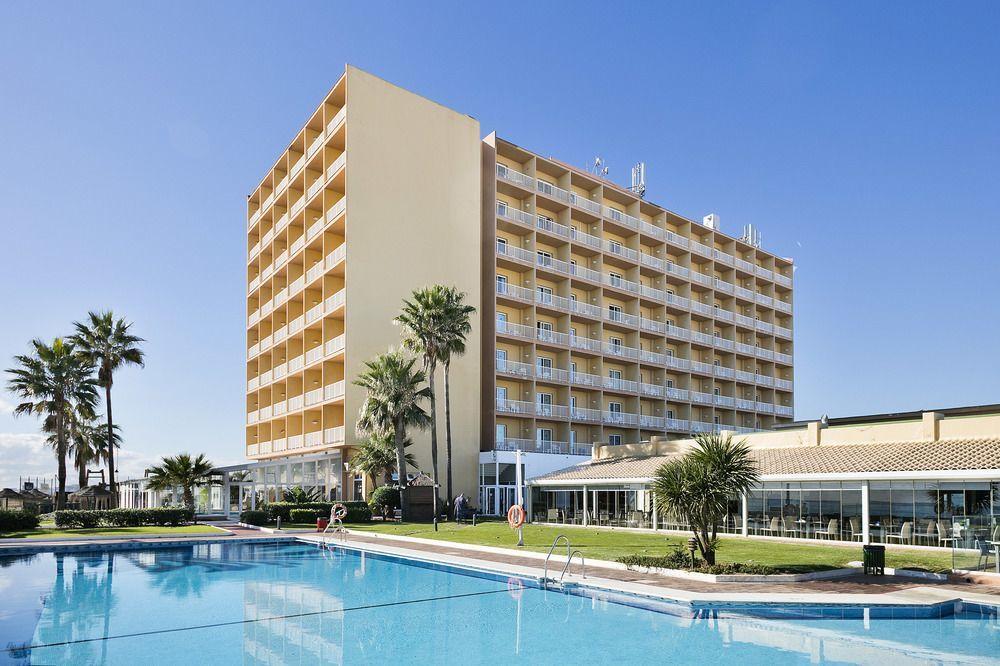 マラガ空港 ホテル