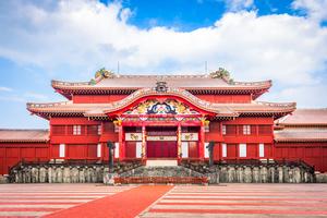 【沖縄】琉球王国の歴史に触れる「守礼門」で沖縄の昔に思いを馳せてみよう