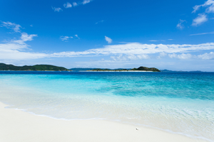 【沖縄】マエサトビーチで海を思いっきり楽しもう!アクティビティや見どころを紹介