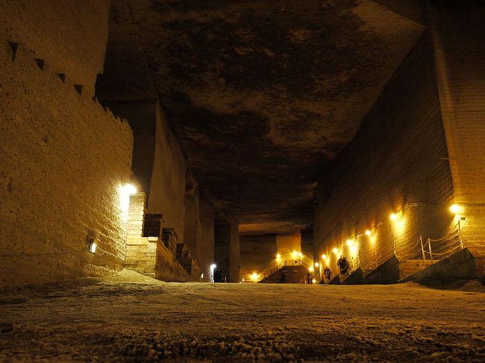 【栃木】まるでダンジョン!巨大地下空間「大谷資料館」