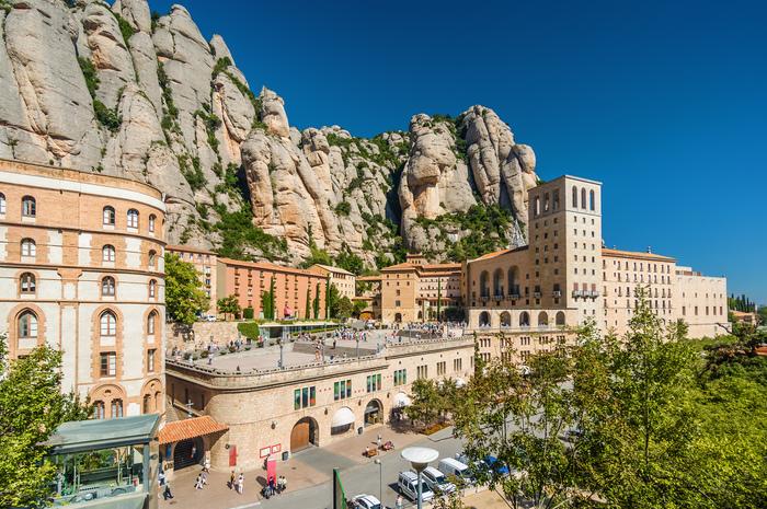 【スペイン】バルセロナ・カタルーニャ広場周辺でおすすめの観光スポット6選!スペインを満喫!