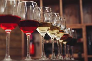 【栄】おすすめのワインバー12選|こだわりのワインを取り揃えているお店を厳選