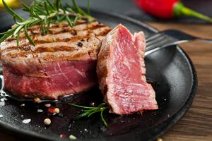 【京都駅周辺】美味しいステーキが食べられるお店20選+編集部おすすめ|分厚いお肉を贅沢に楽しめるお店をご紹介