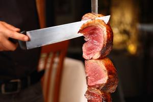 【東京】丸の内でおすすめのシュラスコが食べられるお店10選|とにかく肉にまみれたい方はこのお店