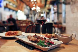 【三宮】ディナーにおすすめのレストラン20選+編集部イチオシのお店|自分のお気に入りのを見つけよう