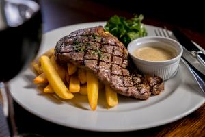 【神奈川】おすすめのステーキが食べられるお店20選|分厚いお肉を贅沢に楽しめるお店をご紹介